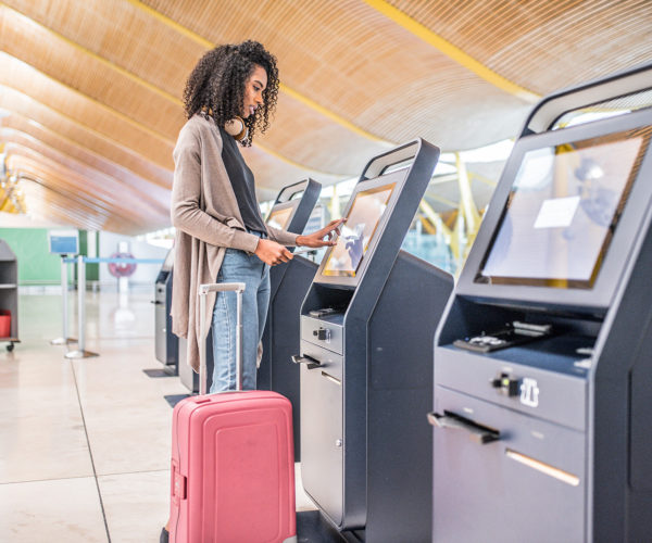http://it-experience.com/wp-content/uploads/2019/05/airport-security-600x500.jpg